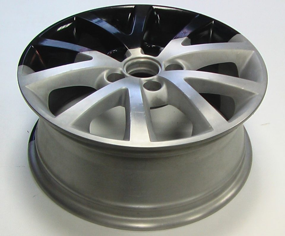 half-stripped aluminum rim, half-stripped aluminum wheel, paint stripping