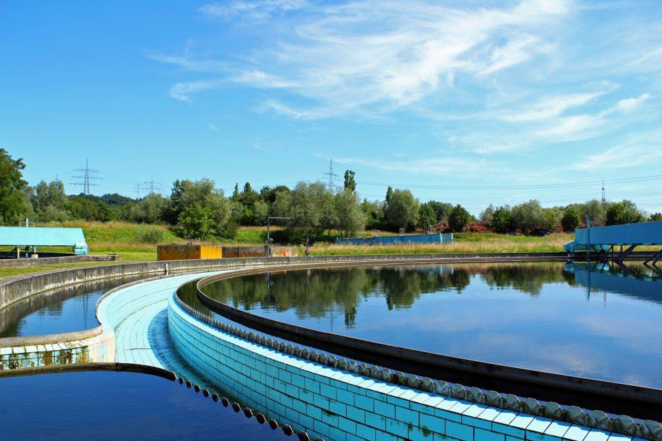 Abwasserbehandlungsanlage, Abwasserreinigungsanlage, Rundklärbecken